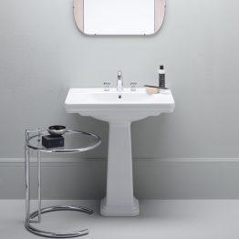 Κωδικός: 500-8731-300 Περιγραφή: Νιπτήρας Διάσταση (εκ.): 60x46 Κατασκευαστής: Gsi Σειρά: Classic Σημείωση: Τοποθέτηση: κρεμαστός, κολωνάτος Υλικό: πορσελάνη Χρώμα: λευκό